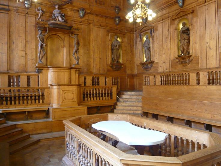 Anatomy_theatre_Palazzo_del_Archiginnasio_by_Terry_Clinton_CCBY_NC2.0
